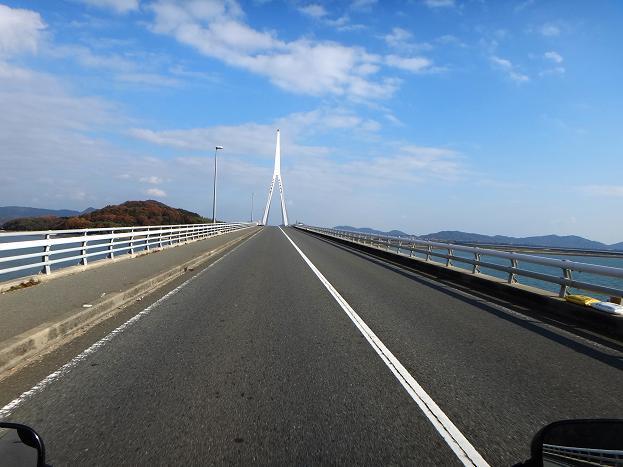 14 壮快な橋.JPG
