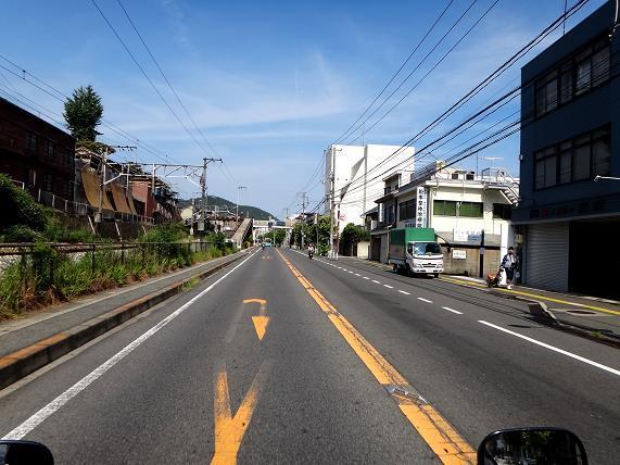 14 街中ですが2車線しかないR2です.JPG