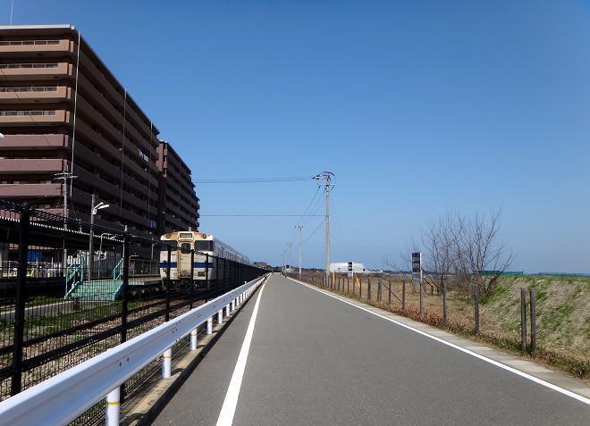 15 西戸崎の始発駅.JPG