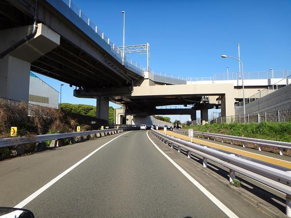 16 新若戸トンネルのインター.JPG