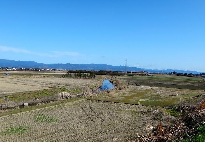16 雑魚捕りしたくなる川を発見!.JPG