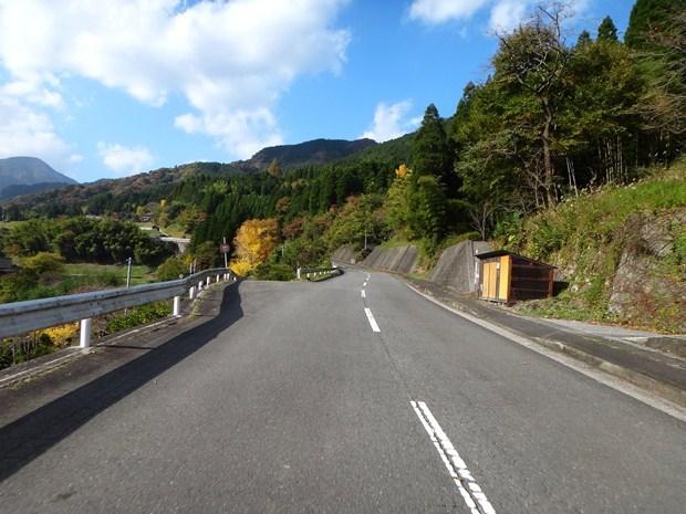 17 更に山の奥へ.JPG
