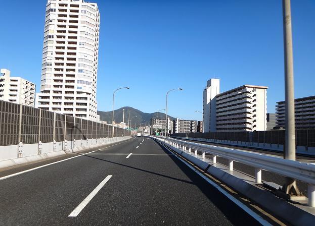 18 久し振りのバイクで都市高速を走りました.JPG