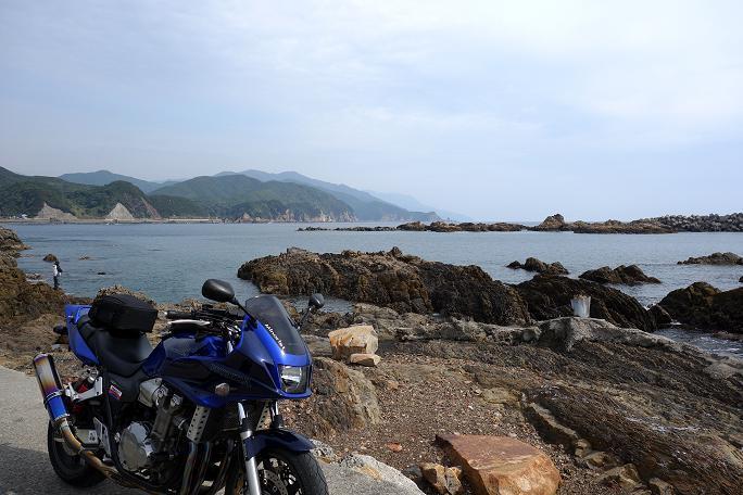 19 漁港で休憩中.JPG