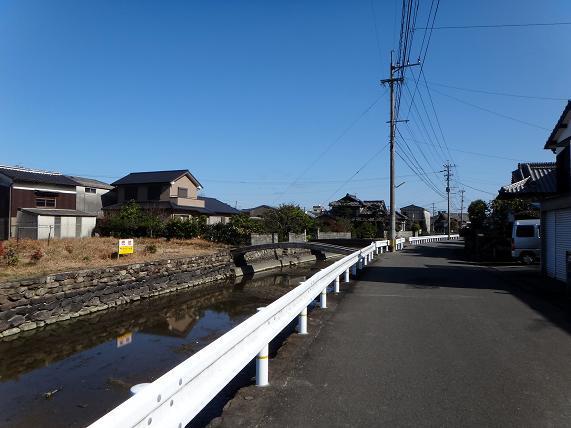 19 裏の路地も水路があります.JPG