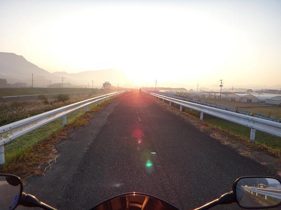 1 ツーリングの朝.JPG