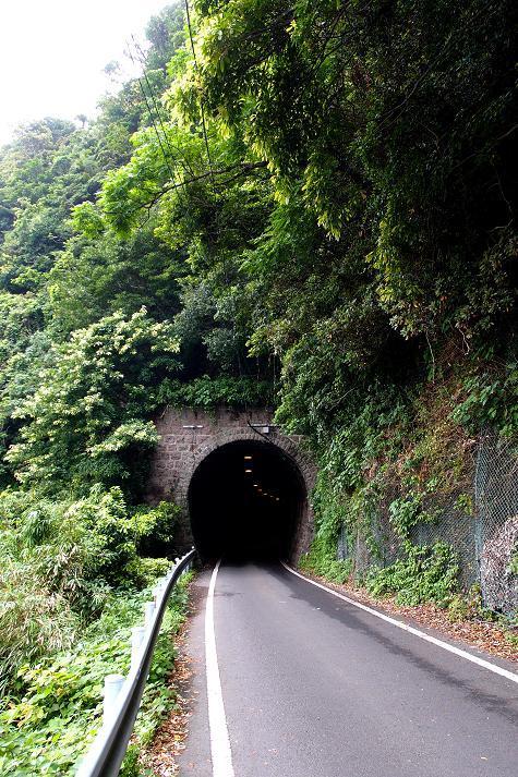 1 温泉鉄道のトンネル.JPG