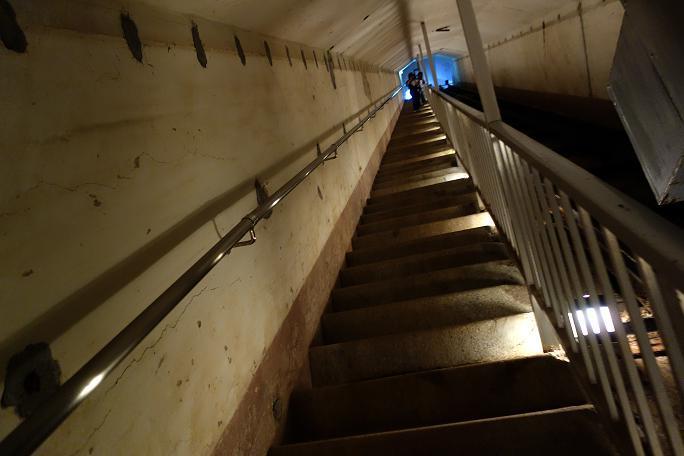 20 階段もあるでよ.JPG