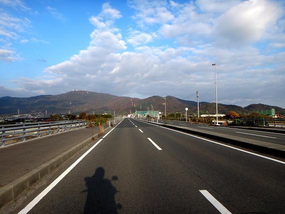 21 真正面の山は大平山です.JPG