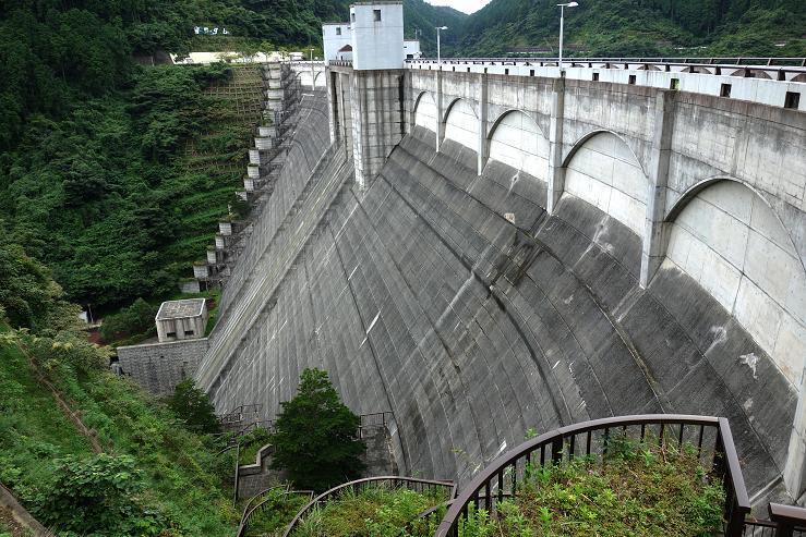 22 猪野ダムです.JPG