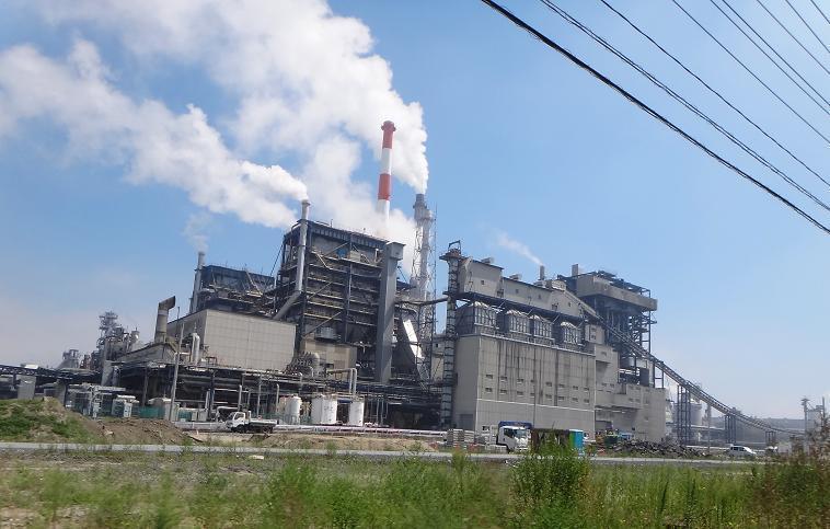 24 石巻の製紙工場.JPG