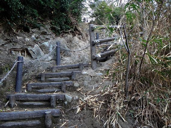 24 観音崎の階段.JPG