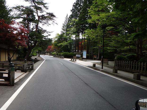 25 高野山の通り.JPG