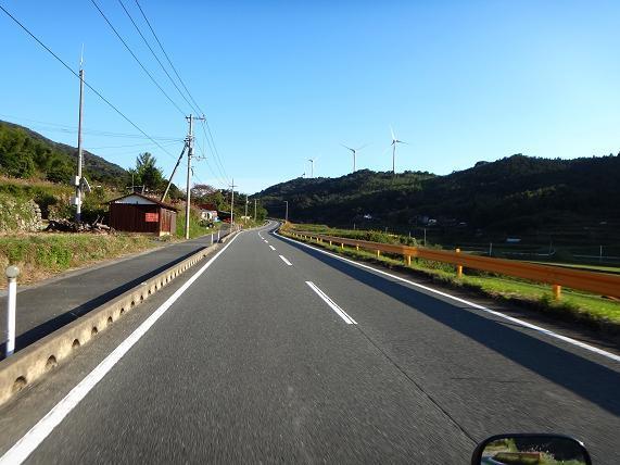 27 山口県って風車が多いな.JPG