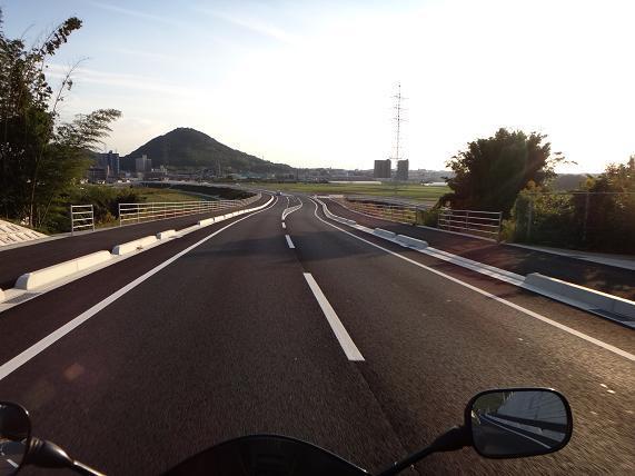 29 新しい抜け道.JPG