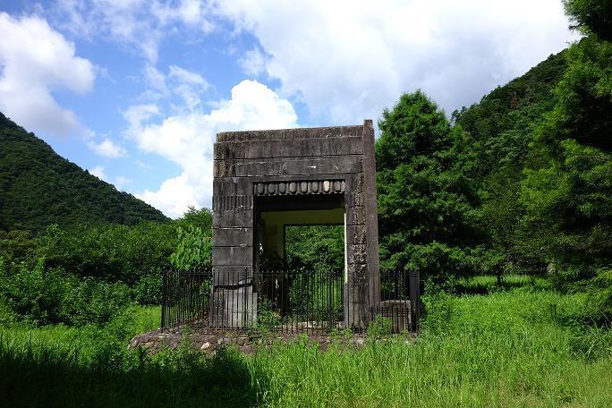 2 大原湖玄関ポーチ跡.JPG