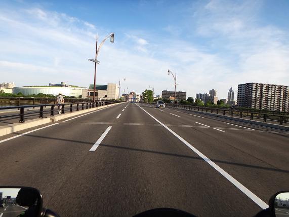 2 新潟の市街地.JPG