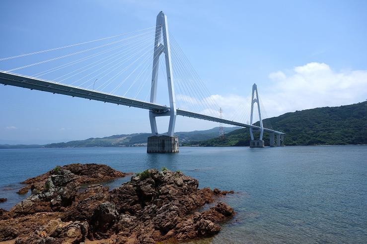 32 綺麗な斜張橋です.JPG