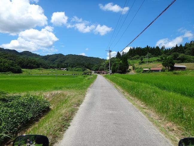 33 明るい農村は要するに田舎です.JPG