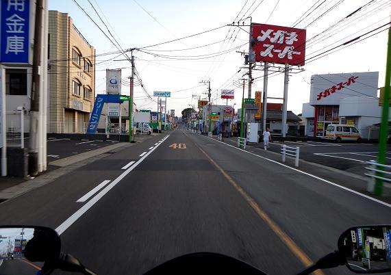 3 まだ静かなベットタウン.JPG