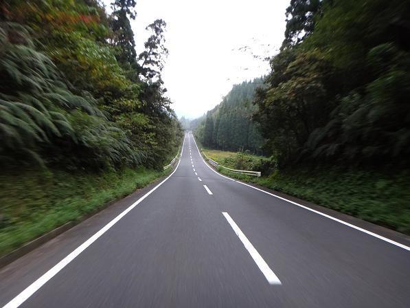3 めっちゃ道のいい広域農道.JPG