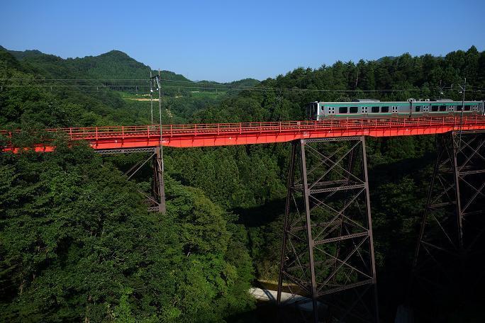 3 トレッスル構造のカッコイイ鉄橋.JPG
