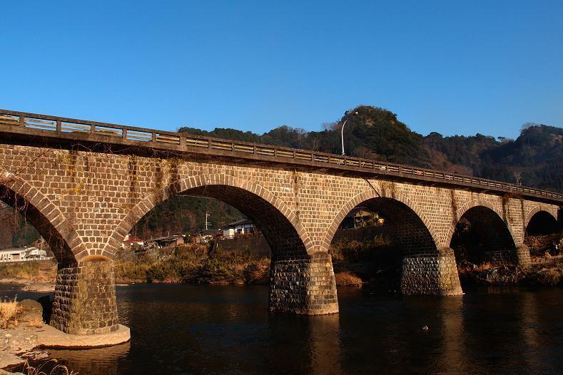 40 欄干も石でかなり好きな橋の一つです.JPG