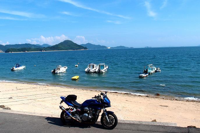 41 町が近いのにこの綺麗な海は良いね.JPG