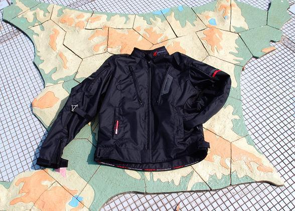 43 コミネのジャケット.JPG