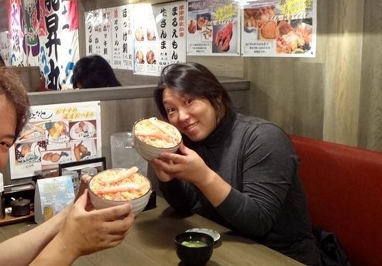 53 一緒にお食事.JPG