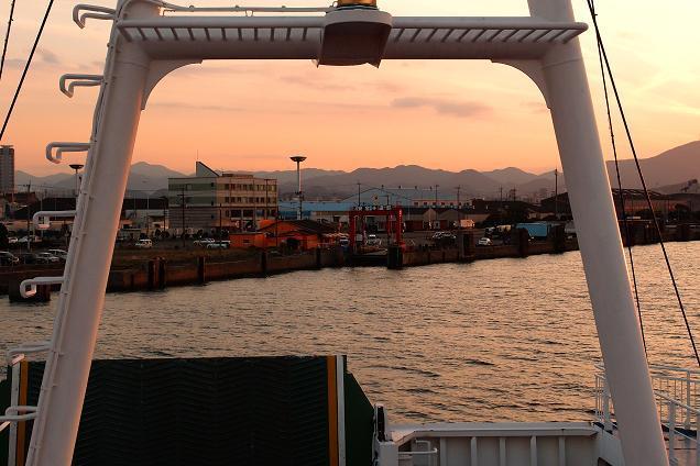 56 小倉港到着.JPG