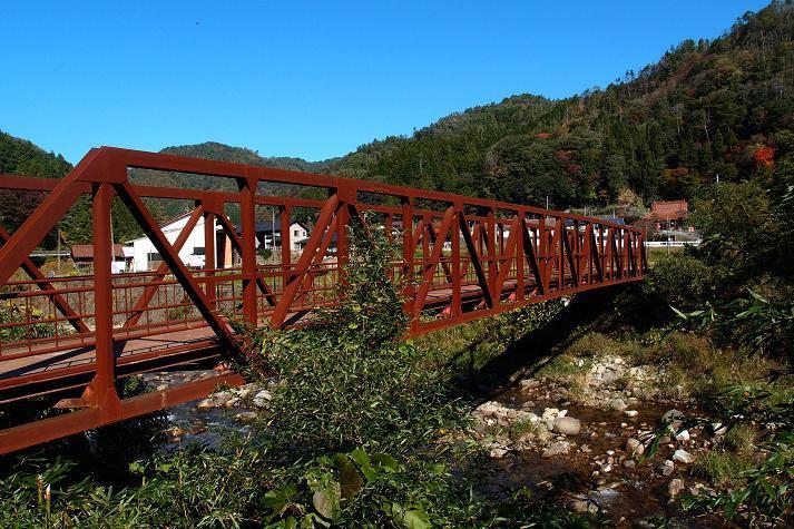 5 鉄橋を見るとつい停まってしまいます.JPG