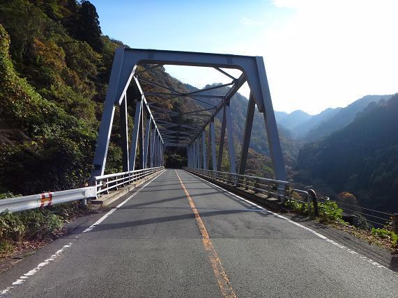 6 この橋の下が菊池.JPG