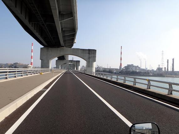 7 出来たばかりの橋.JPG