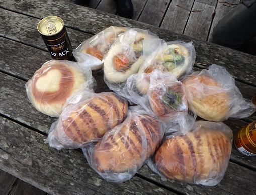 9 絶品のパンたち.JPG
