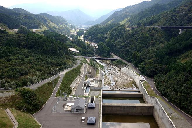 ダムからの眺め.JPG