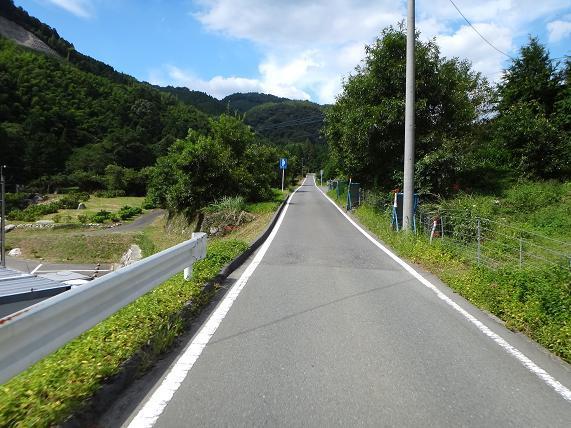 大好きな佐賀の山の中へ.JPG