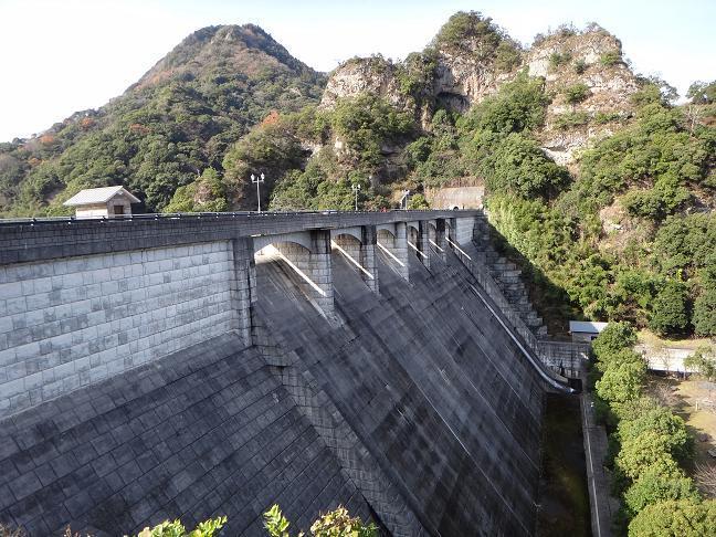 12 連続排水路がカッコイイ.JPG