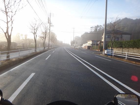 1 霧で前が曇る~.JPG